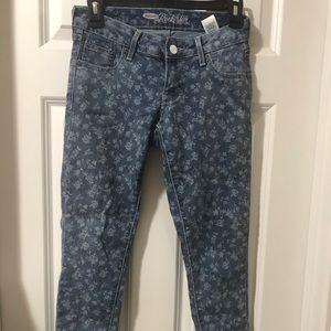 Old navy Rockstar straight leg jeans